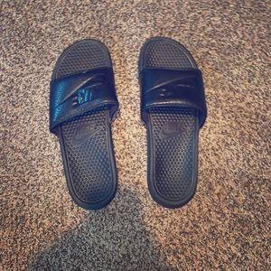 Nike Slides - Black